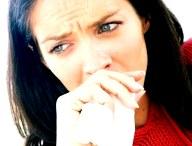 Почему кашель может быть с кровью: от лопнувшего сосуда до грозной патологии